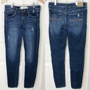 Abercrombie & Fitch Super Skinny Low Rise Jeans 2L
